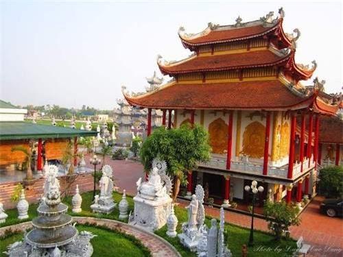 Những ngôi chùa linh thiêng nhất tại Hải Phòng - 2